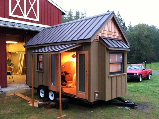 Family Builds Tiny House on Small Flatbed Trailer OTG Report